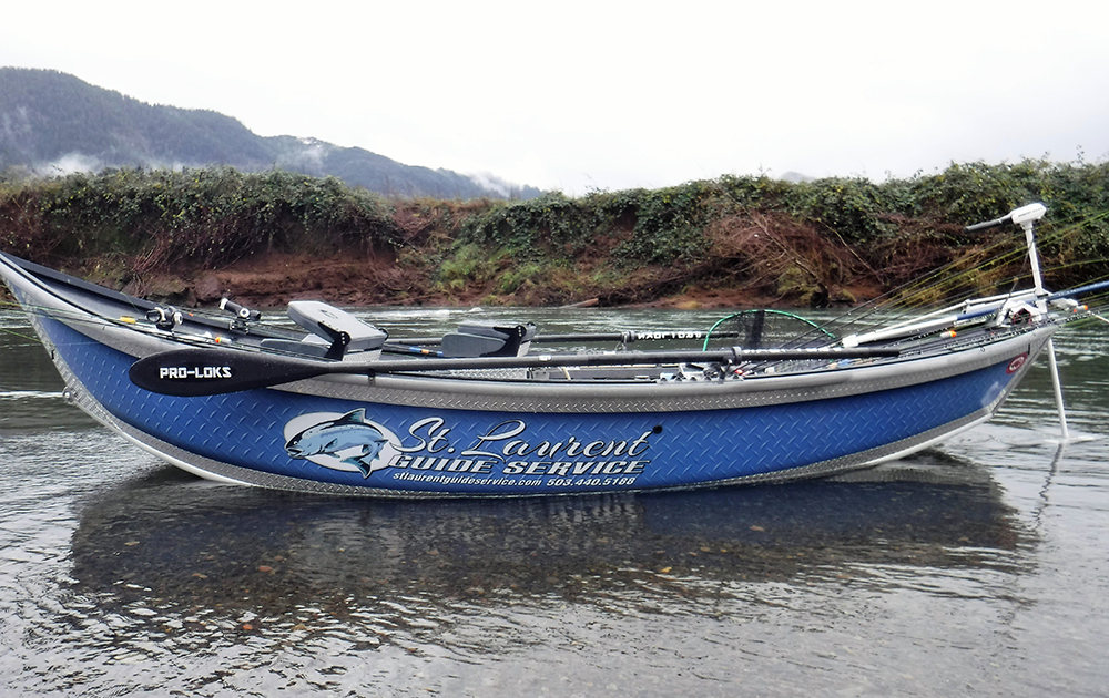 28ft Willie Nemesis Boat in the water - Silver and Blue - Fishing Oregon - St. Laurent Guide Service