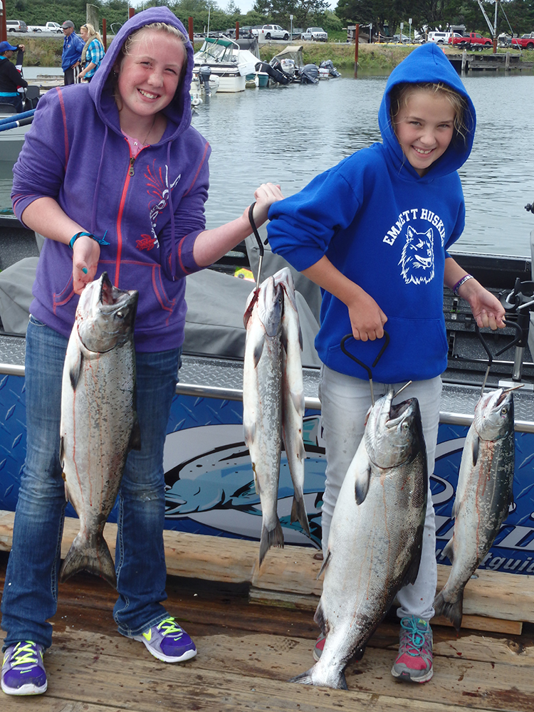 Youth Girls Catch at Buoy 10 - Fishing Oregon - St. Laurent Guide Service